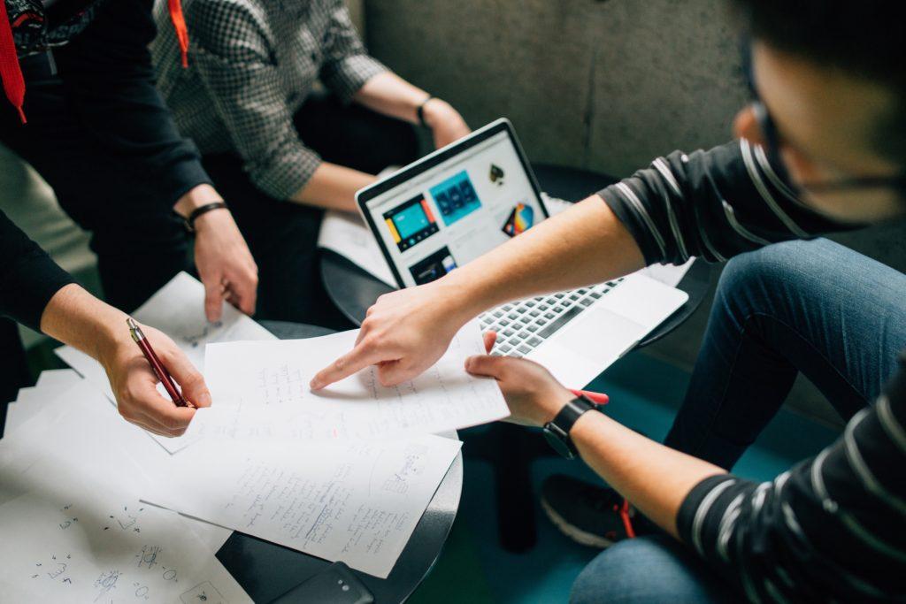 Empresas en funcionamiento estable: contratar y delegar.