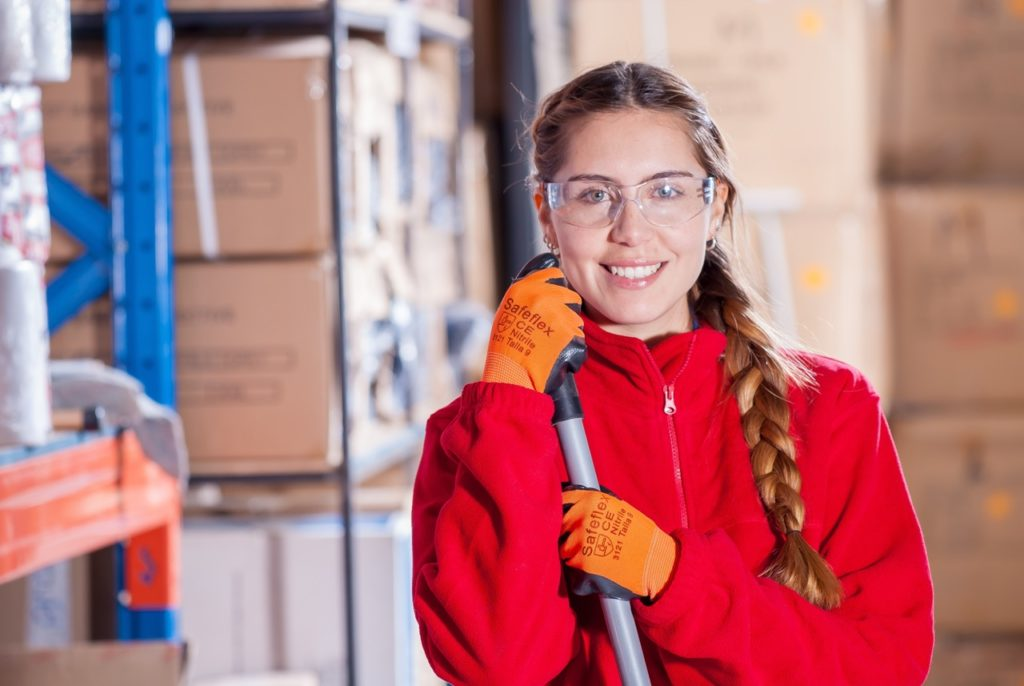 """Empresas de actividades que desarrollan actividades """"uniformes"""" son, por ejemplo, pymes de limpieza"""