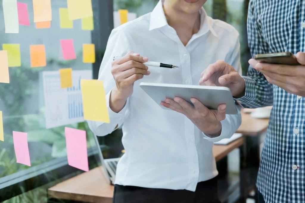 El plan de operaciones implica la descripción de la realización del producto o servicio