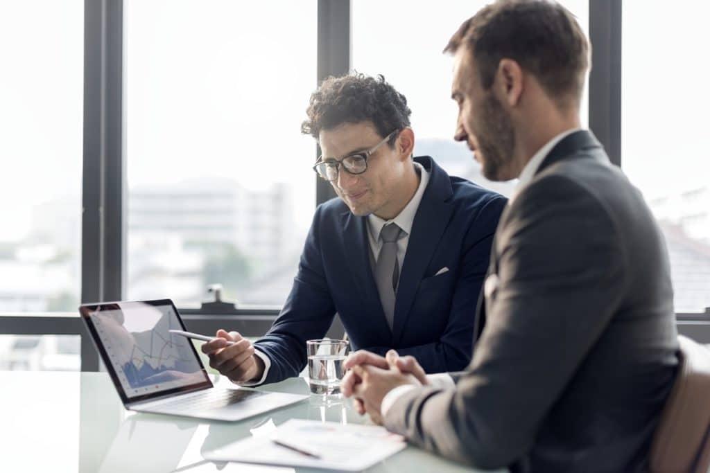 """Cuando iniciamos un negocio sin hacer un plan de negocios, vamos tomando decisiones en la ruta """"sin un GPS""""."""