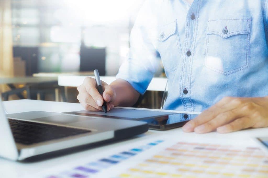 Organización de tareas para mejorar la eficiencia empresarial.