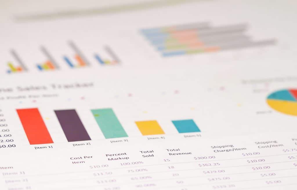 Todo KPI y toda métrica debe responder a una necesidad de información...
